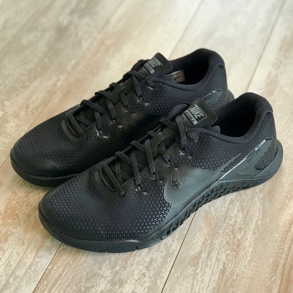 4b0e9c5c7 NWT Nike Metcon 4 Triple Black Custom!